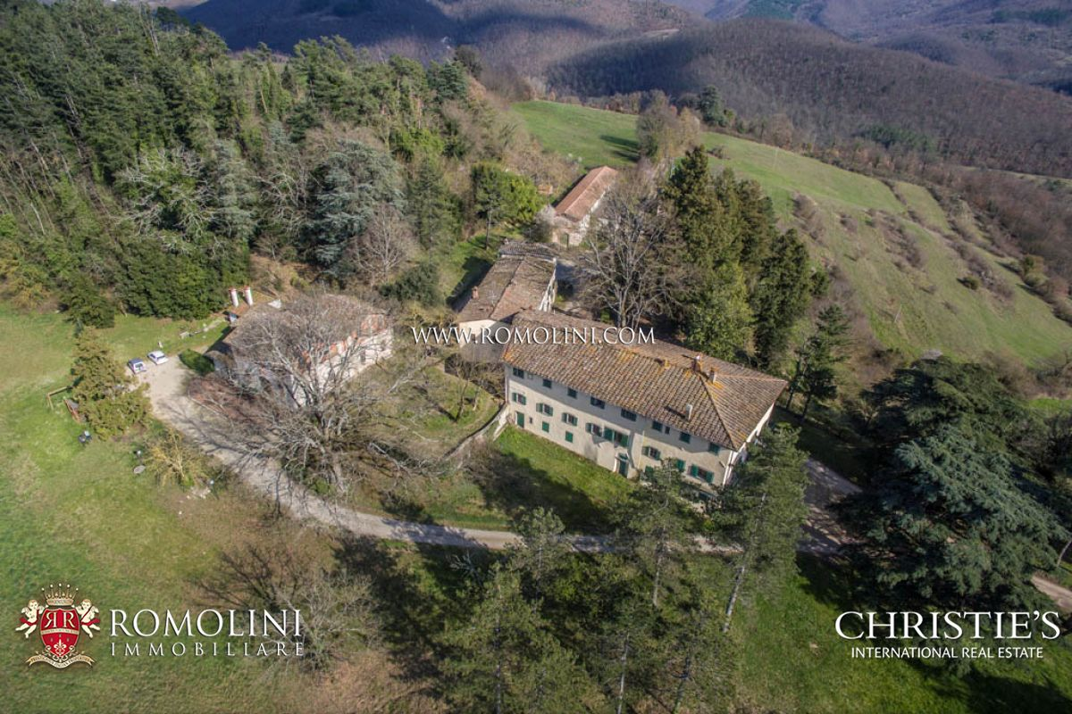 139-ACRE ESTATE FOR SALE IN TUSCANY
