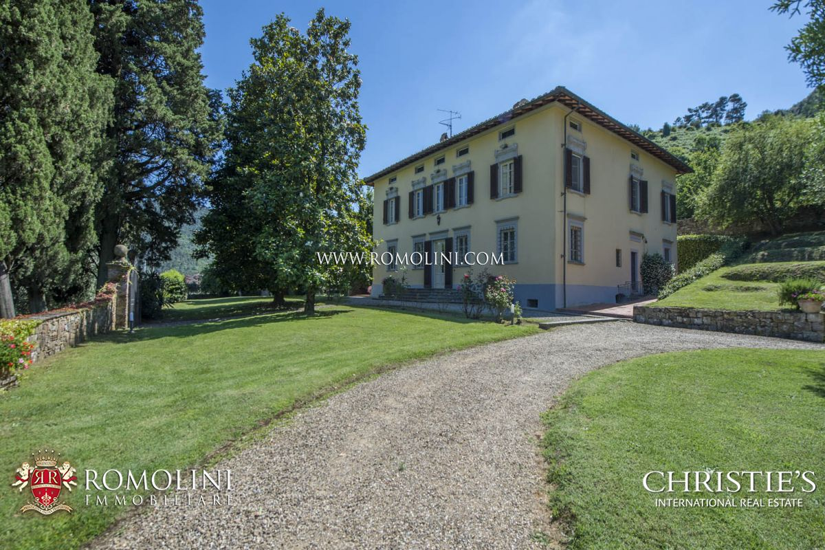 VILLA FOR SALE CAPANNORI LUCCA