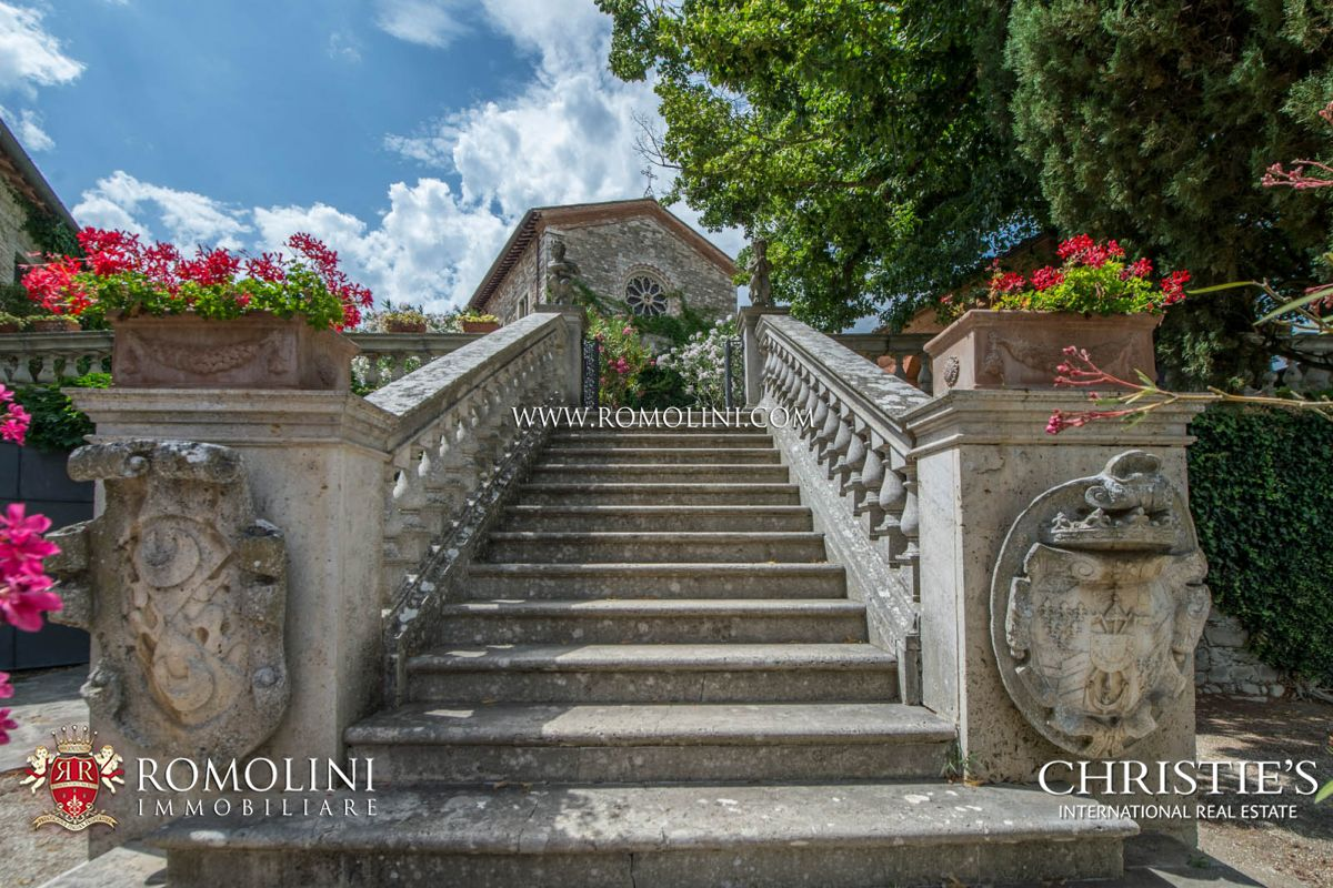 HOLD CONVENT MONASTERY, COUNTRY HOTEL FOR SALE IN ITALY