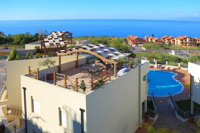 PROPERTY FOR SALE IN CALABRIA, SEA VIEW APARTMENT FOR SALE