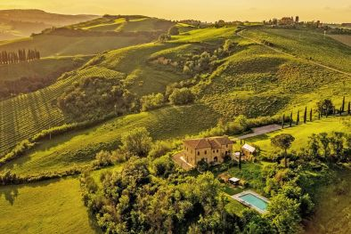 COUNTRY HOUSE WITH POOL AND PANORAMIC VIEW FOR SALE IN MONTEPULCIANO  Maggiori Dettagli e Foto