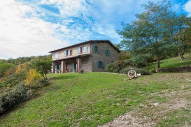 Country house for sale in the countyside, Tuscany  Maggiori Dettagli e Foto