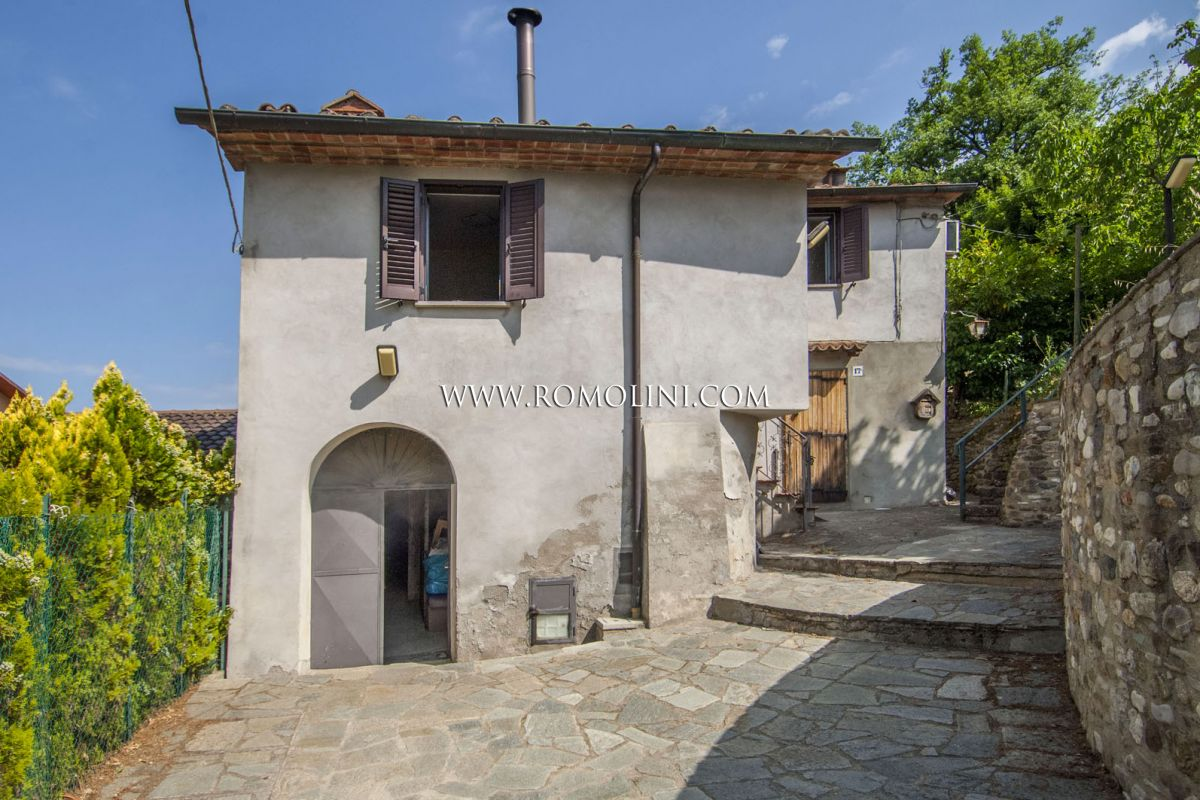 ANGHIARI: SEMI-DETACHED VILLA WITH GARDEN FOR SALE, TUSCANY, TIBER VALLEY, GARAGE, PANORAMIC VIEW