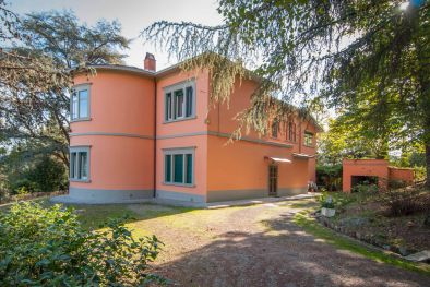 VALDARNO: BEAUTIFUL LIBERTY VILLA WITH GARDEN AND GARAGE, PERGINE VALDARNO, AREZZO, TUSCANY, PRIVACY, ART NOUVEAU, JUGENDSTIL