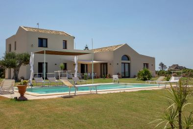 LUXURY VILLA SEA VIEW FOR SALE SICILY