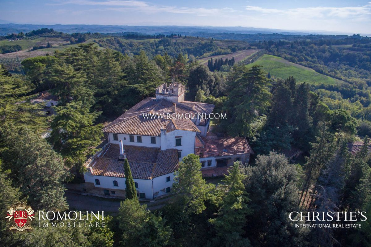 CHIANTI: HISTORICAL WINE ESTATE WITH VILLA AND VINEYARD, FLORENCE