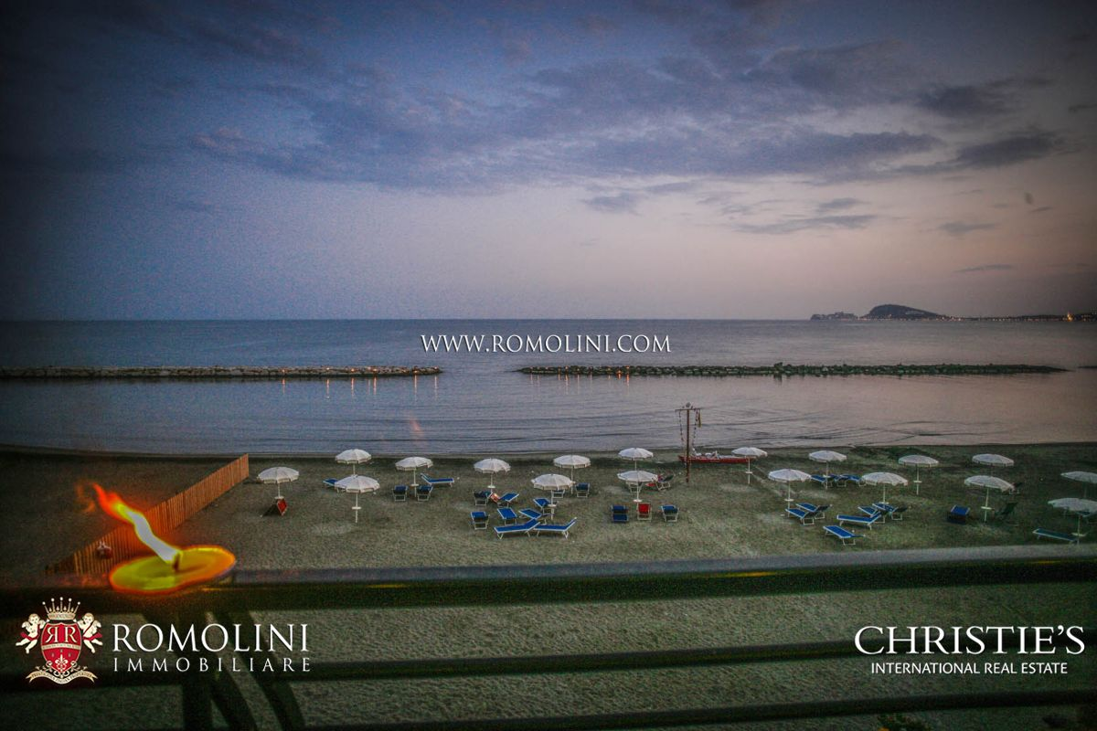 53-BEDROOM WATERFRONT HOTEL FOR SALE, INVESTMENT OPPORTUNITY IN ITALY, GULF OF GAETA