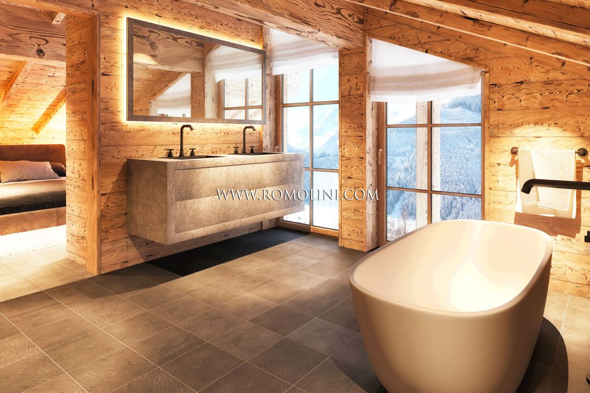 SALZBURG, AUSTRIA: LUXURY CHALET WITH PANORAMIC VIEW FOR SALE