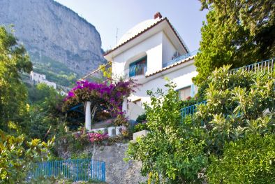 AMALFI COAST: VILLA WITH POOL AND PARKING LOT FOR SALE  Maggiori Dettagli e Foto
