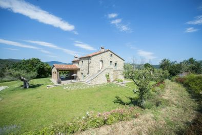 PART OF TYPICAL STONE COUNTRY HOUSE FOR SALE IN UMBRIA, CITTÀ DI CASTELLO | Romolini - Christie's