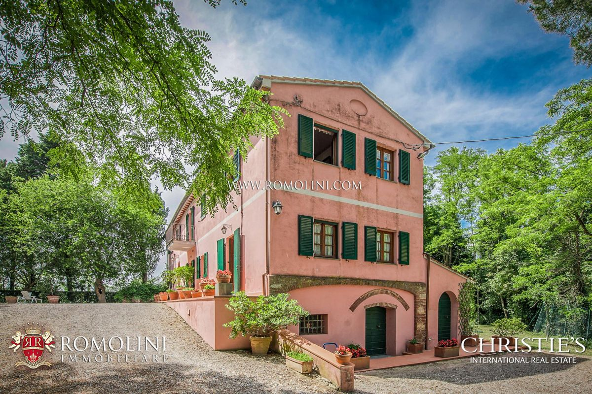 RESTORED VILLA FOR SALE NEAR PISA, TUSCANY | Romolini - Christie's