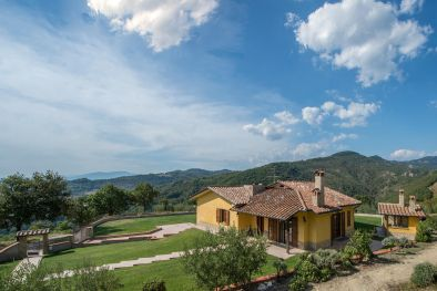 VILLA WITH 2,000 OLIVE TREES FOR SALE, CITTÀ DI CASTELLO, UMBRIA | Romolini - Christie's