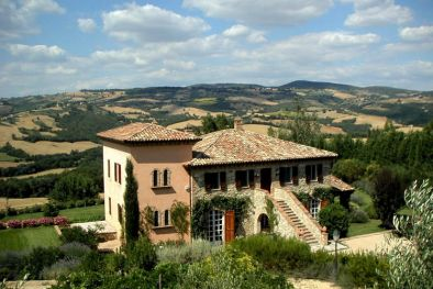 PRESTIGIOUS VILLA FOR SALE IN TODI UMBRIA