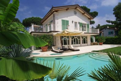 FORTE DEI MARMI VERSILIA LUXURY VILLA FOR SALE