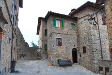 MONTONE UMBRIA APARTMENT WITH TERRACE HISTORICAL CENTRE