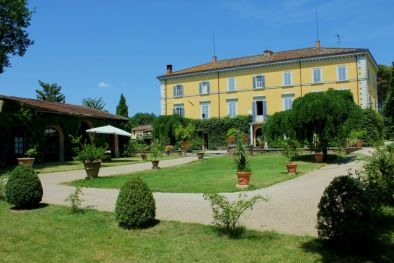 HISTORICAL NOBLE VILLA FOR SALE IN PERUGIA UMBRIA