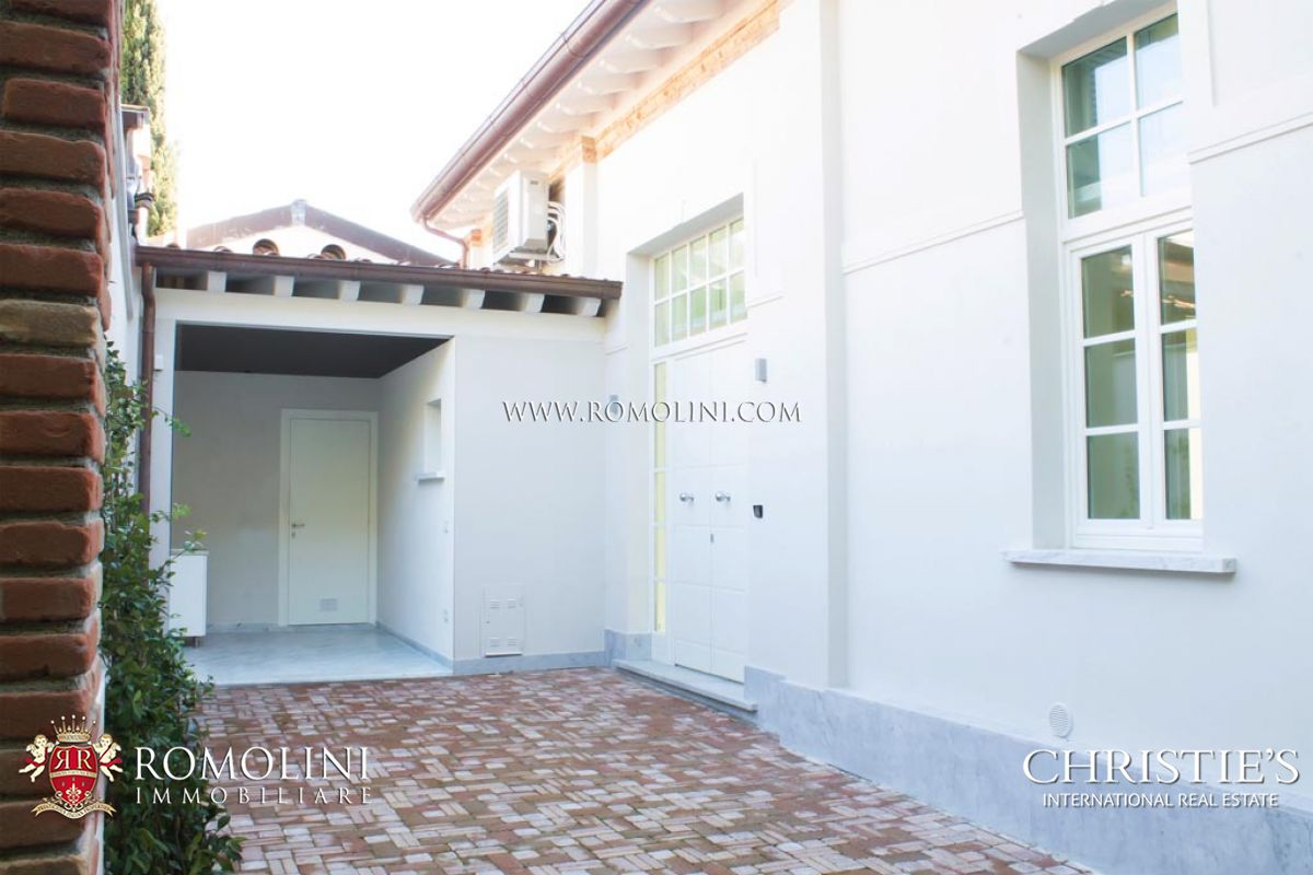 Loft for sale in Pietrasanta, Tuscany