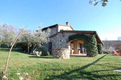 FARMHOUSE WITH OLIVE GROVE FOR SALE CORBARA LAKE