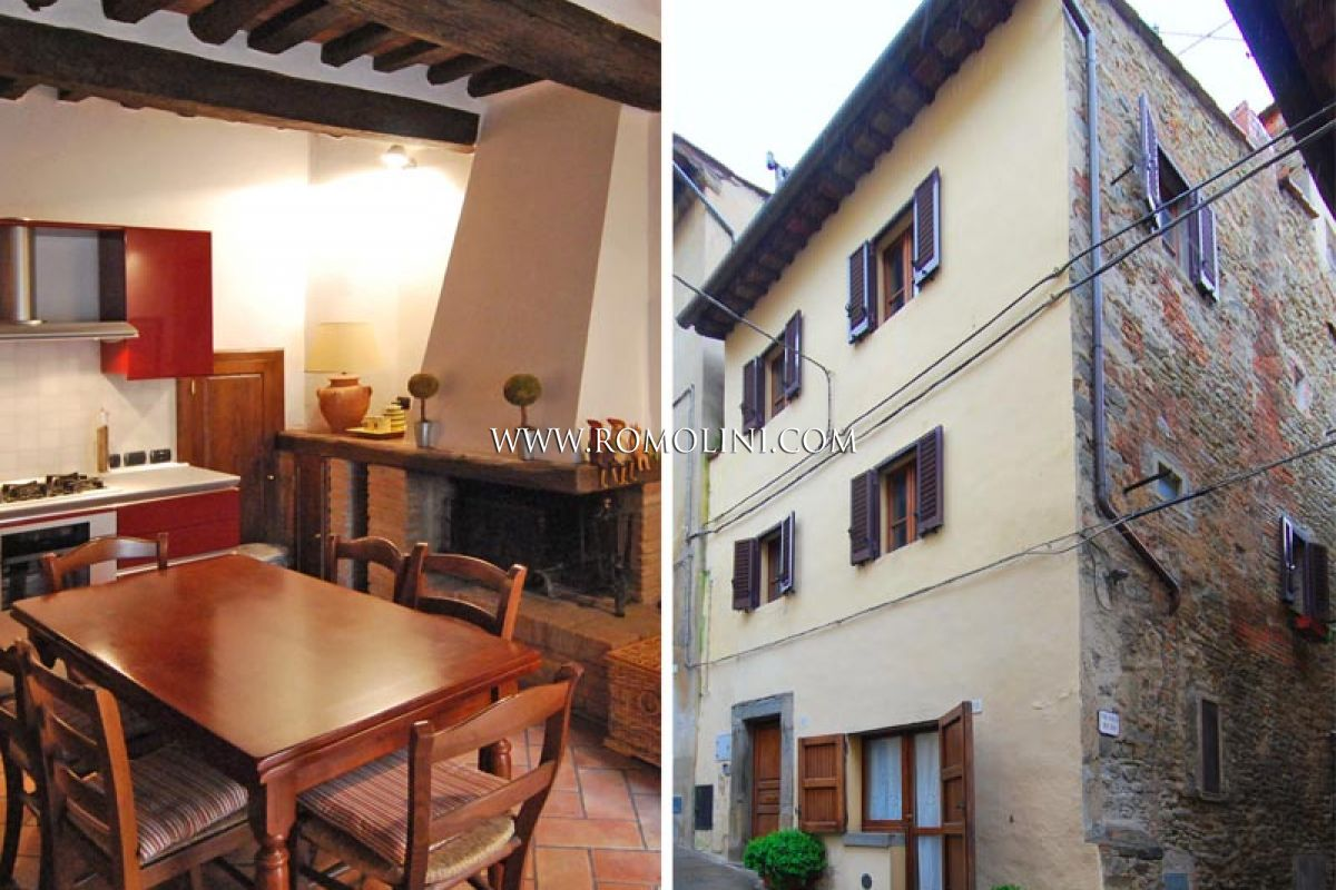 TOWNHOUSE FOR SALE IN CORTONA