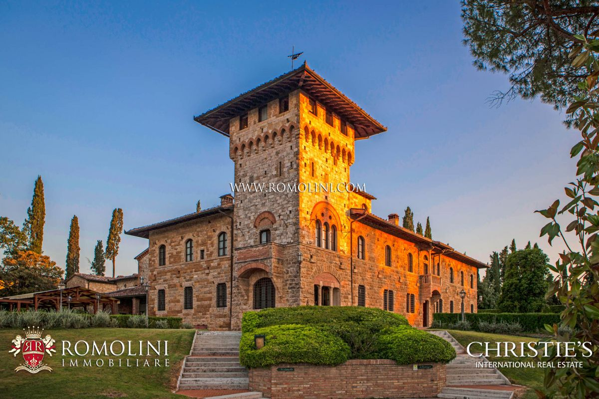 LUXURY ESTATE FOR SALE IN SAN GIMIGNANO, TUSCANY