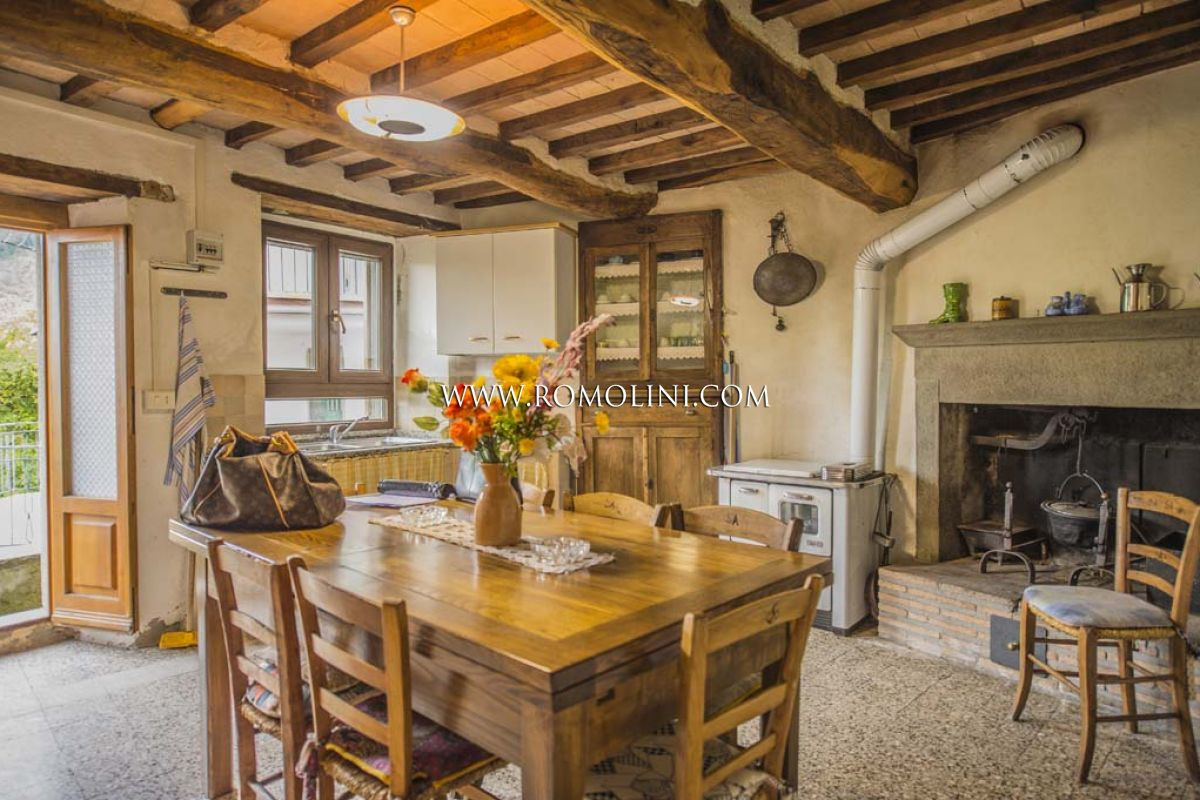 HOUSE FOR SALE CAPRESE MICHELANGELO, TUSCANY