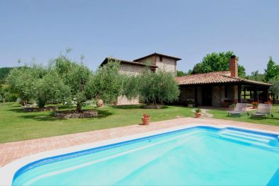 VILLA FOR SALE WITH POOL AND OLIVE GROVE IN TODI, UMBRIA
