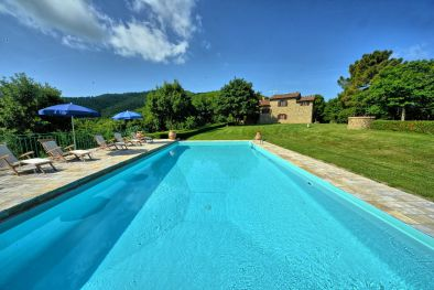 FARMHOUSE WITH POOL FOR SALE IN MONTERCHI, TUSCANY More details and pictures
