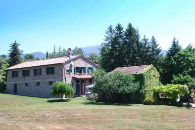 Farmhouse with park and land for sale in Sansepolcro, Tuscany  Maggiori Dettagli e Foto
