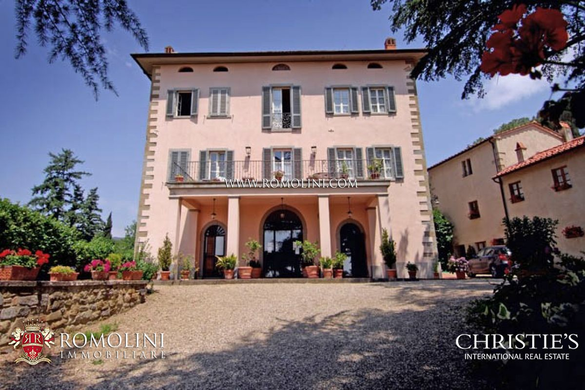 PRESTIGIOUS PROPERTY, HISTORICAL VILLA RESIDENCE FOR SALE IN TUSCANY
