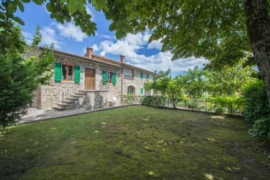 SECTION FARMHOUSE FOR SALE CAPRESE MICHELANGELO TUSCANY