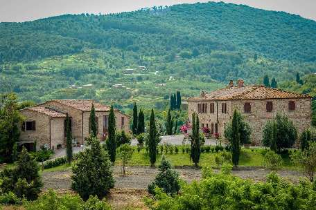 AGRITURISMO FOR SALE IN TUSCANY