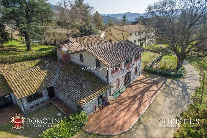 139 ACRE ESTATE FOR SALE IN TUSCANY