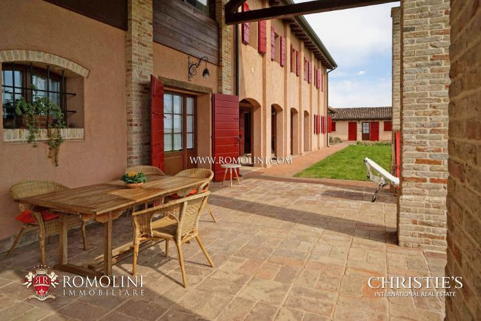 AGRITURISMO FOR SALE IN VENEZIA, VENETIAN LAGOON