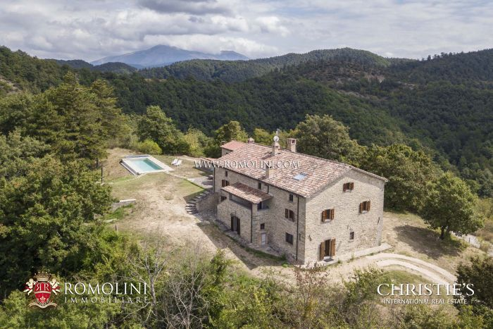 COUNTRY HOUSE FOR SALE IN CITTÀ DI CASTELLO, UMBRIA