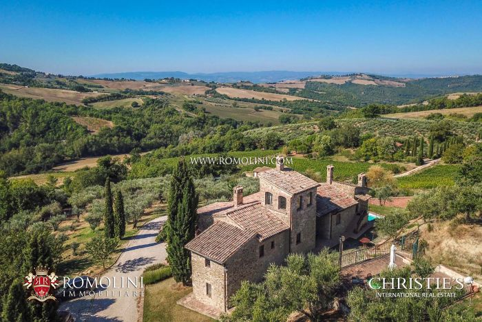 SAGRANTINO DI MONTEFALCO WINERY & VINEYARDS FOR SALE, WINE INVESTMENT PROPERTY ITALY