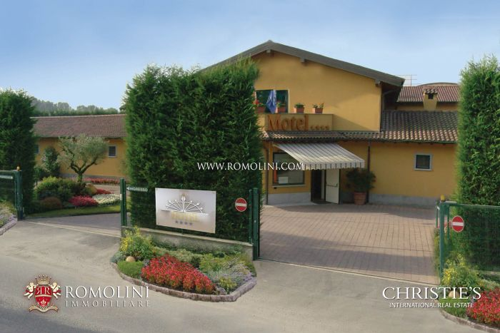 HOTEL FOR SALE 24 KM FROM MILAN, LOMBARDY