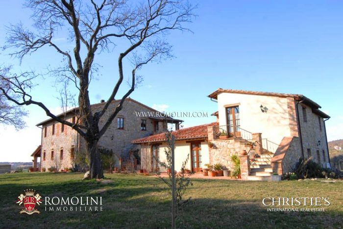 ORGANIC ESTATE AGRITURISMO FOR SALE IN UMBRIA