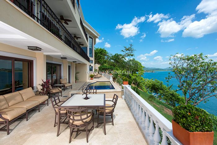 NEWLY BUILT BEACH FRONT VILLA FOR SALE IN PLAYA FLAMINGO, COSTA RICA