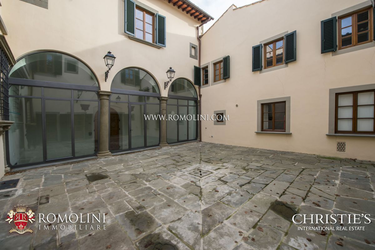APARTMENTS IN FORMER CONVENT FOR SALE IN FLORENCE, TUSCANY
