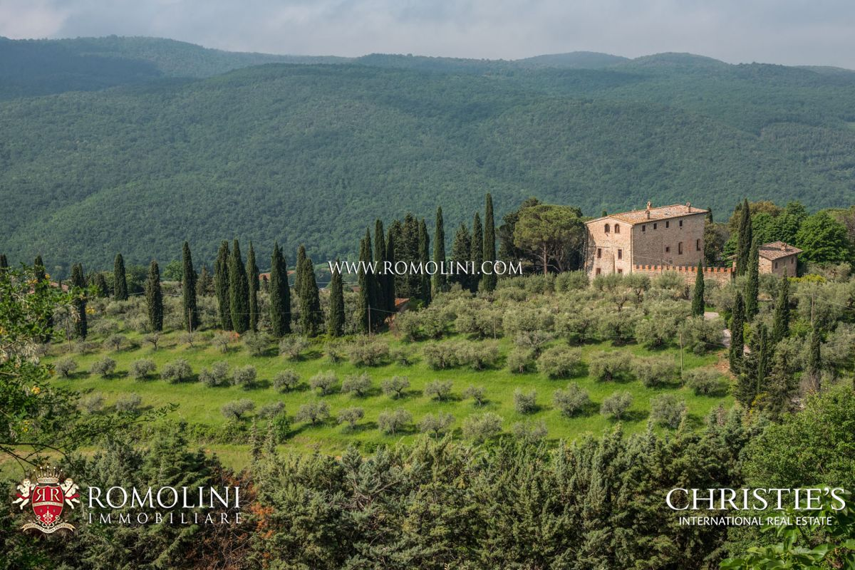 11TH CENTURY MEDIEVAL TOWER FOR SALE IN PERUGIA, UMBRIA
