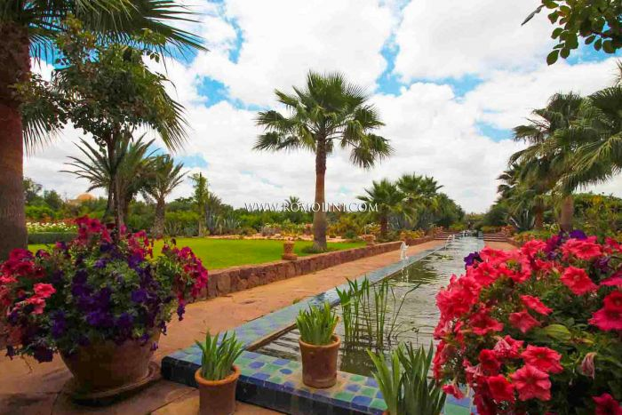 LUXURY VILLA FOR SALE IN TAMESLUHT, MARRAKESH, MOROCCO