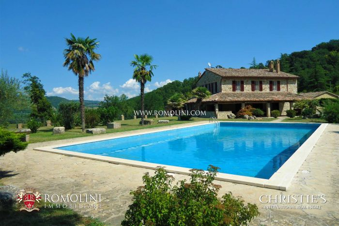 UMBRIAN COUNTRY ESTATE FOR SALE NEAR TODI, UMBRIA