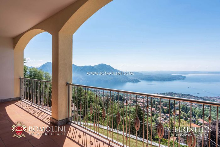 LUXURY VILLA FOR SALE WITH PANORAMIC VIEW OVER LAGO MAGGIORE
