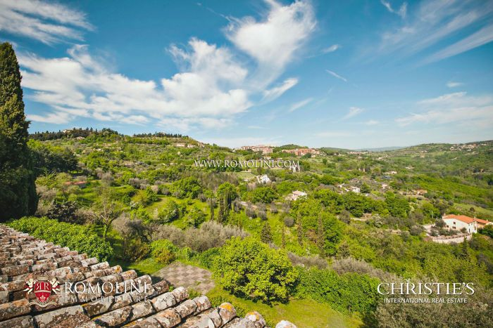 VILLA FOR SALE IN PERUGIA, UMBRIA