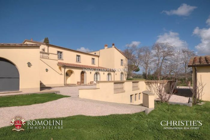LUXURY VILLA IN VERSILIA FOR SALE TUSCANY