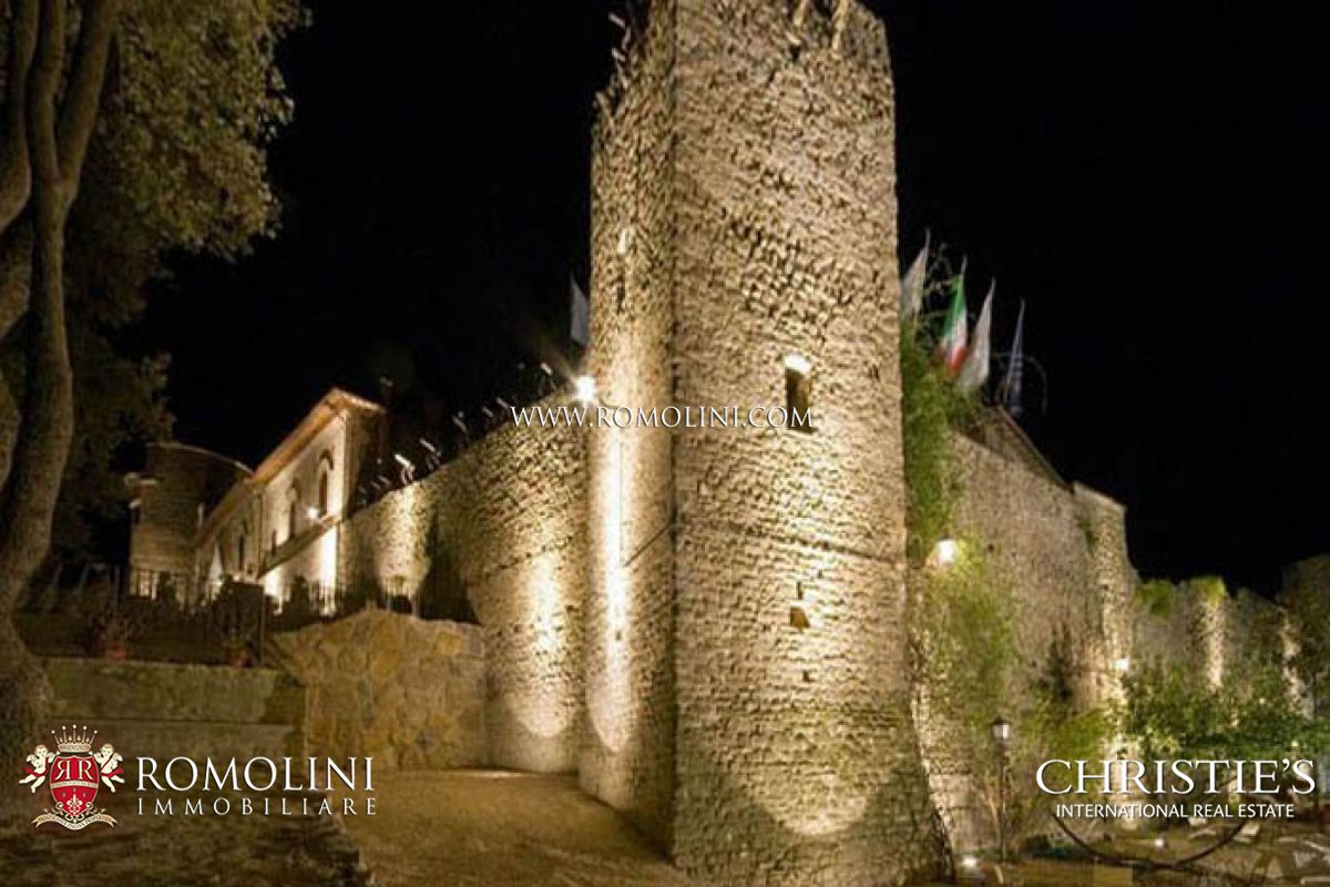 CASTLE FOR SALE IN UMBRIA, DERUTA