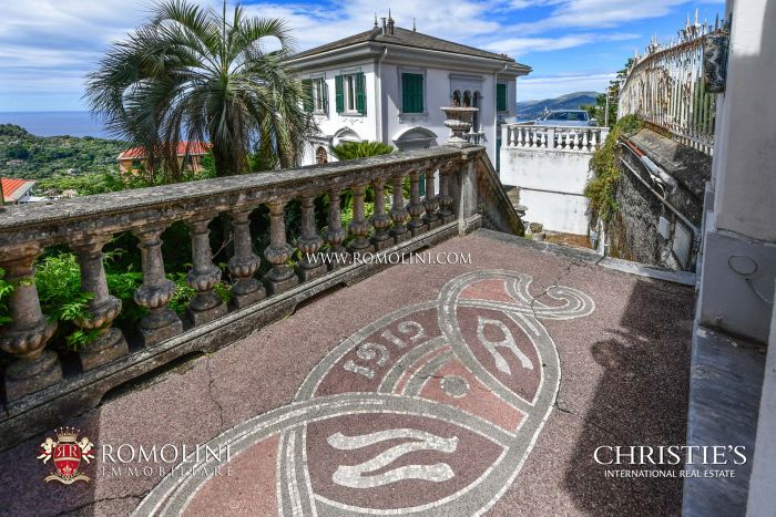 SEA VIEW VILLA FOR SALE IN CAMOGLI, LIGURIA