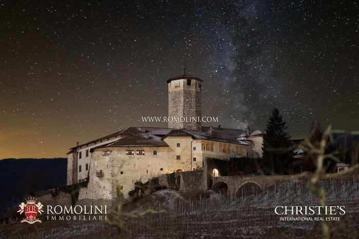 CASTEL VALER - MAGNIFICENT CASTLE FOR SALE IN TRENTINO-ALTO ADIGE, NON VALLEY
