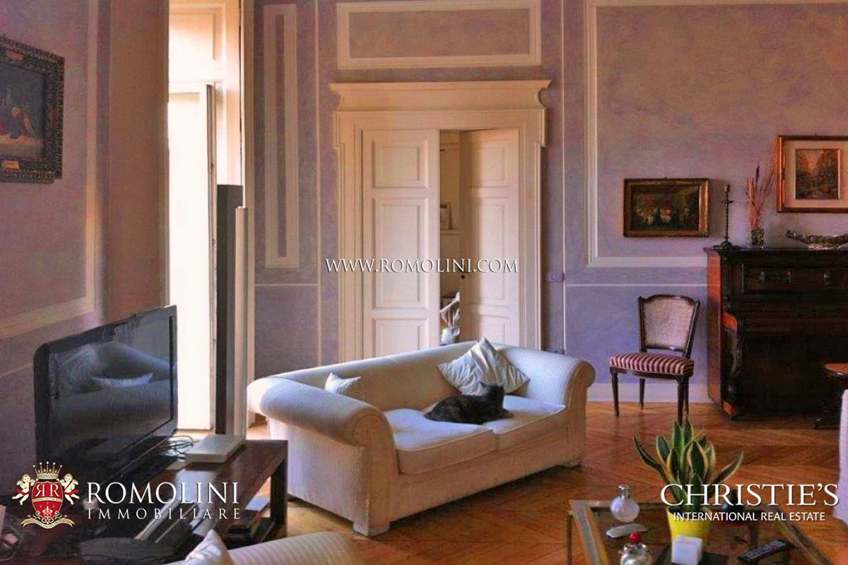 Apartment for sale in Naples, Via Montedidio