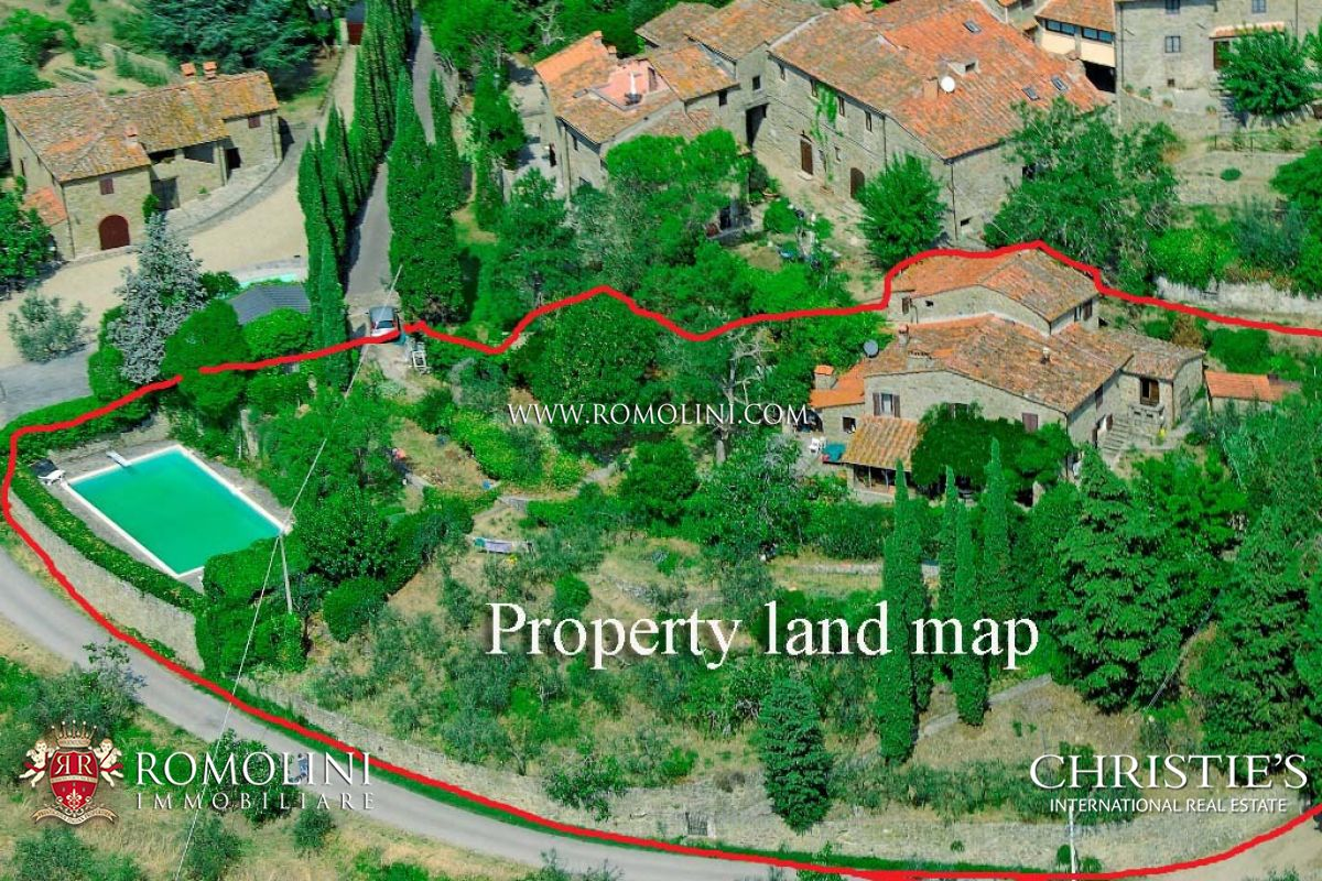 FARMHOUSE WITH POOL FOR SALE IN VALDARNO, TUSCANY